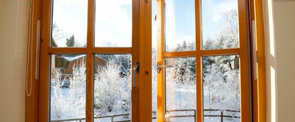 fenêtre en bois 2 vantaux